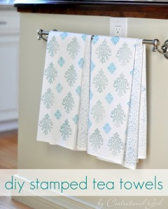 A delicate touch. Use linen towels to create this beautiful and simple gift. Tutorial