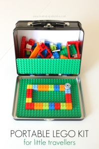 """Got Legos on """"your"""" Santa's List?! Add the lunch box to go touch! Tutorial"""