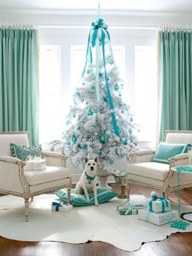 exciting-silver-and-white-christmas-tree-decorations-35